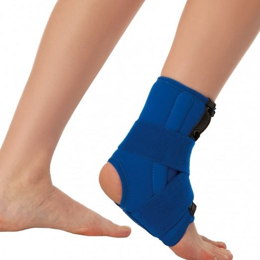 REF 827 Ankle Support With Spiral Stays